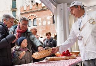 """Evento BPV""""Il pane in piazza"""", Verona 24 novembre 2013"""