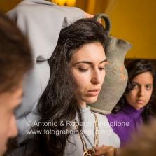 La Messa che precede l'avvio della Via Crucis per le strade del centro storico di Barile (PZ). https://fotografiainpuglia.org/2014/04/24/la-via-crucis-di-barile-pz/