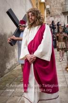 La Via Crucis per le strade del centro storico di Barile (PZ).