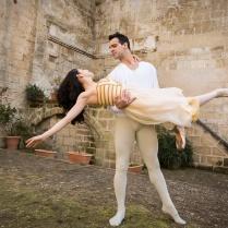 I danzatori Venus Villa e Rolando Saba durante le proe per uno spettacolo nei Sassi di Matera, marzo 2014