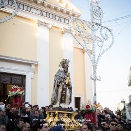 le strade di Novoli (LE) in attesa della processione in onore di Sant'Antonio Abate.