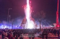 Lo spettacolo per l'accensione della Fòcara la sera del 16 gennaio 2015 a Nòvoli (LE). https://fotografiainpuglia.org/2015/01/23/aspettando-il-santo/