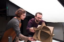 """PROGETTO: """"Cardboard Light"""" di Fabio Stasi"""