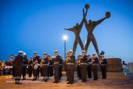 Taranto (TA) - Festa di San Cataldo - Banda della Marina Militare ai piedi del monumento al Marinaio.