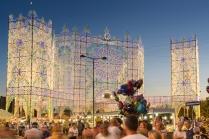 La piazza principale di Scorrano (LE) nell'ora blu durante i festeggiamenti per Santa Domenica. https://fotografiainpuglia.org/2016/07/12/le-luci-di-santa-domenica/