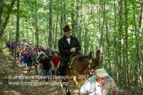 Lagonegro (PZ) sentiero nella faggeta per il Santurario della Madonna del Sirino, La processione guidata dal Parroco.