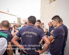 16 settembre 2016, Tolve (PZ), Festa di San Rocco, i portatori si preparano davanti la Chiesa