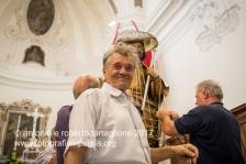 13 agosto 2016, Tolve (PZ), la preparazione della statua di San Rocco.