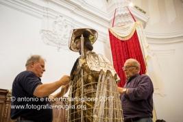 13 agosto 2016, Tolve (PZ), la preparazione della statua di San Rocco