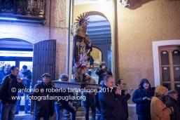 Pignola (PZ) la statua di Sant'Antonio Abate la vigilia della festa, per la benedizione del fuoco