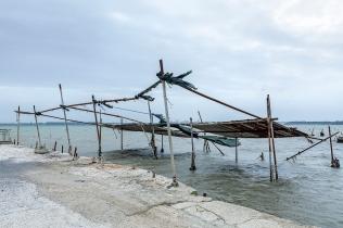 Taranto (TA); lungo il Mar Piccolo, nei pressi della foce del Cervaro